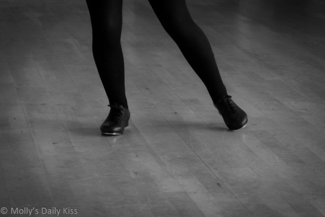tapping feet for dance